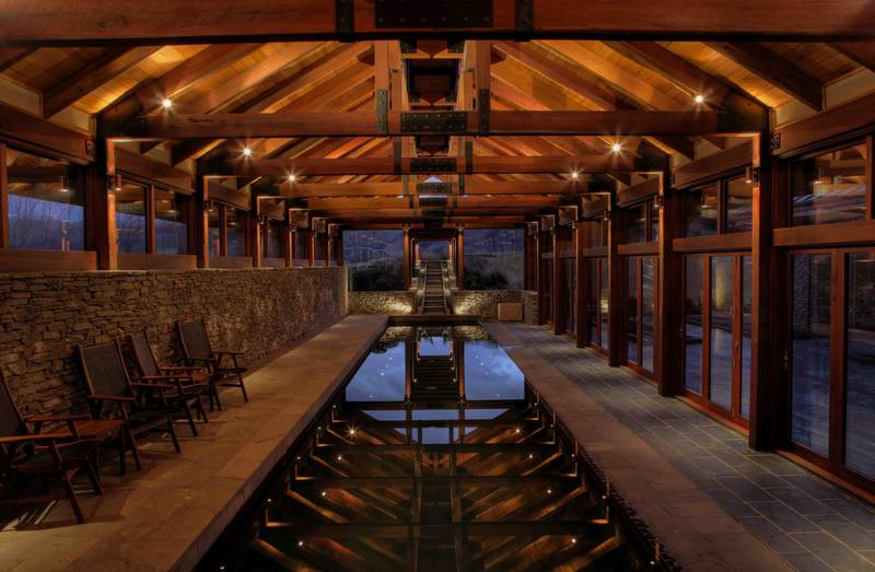 Otago: Poolhouse at dusk(Coast & Country Projects Ltd)